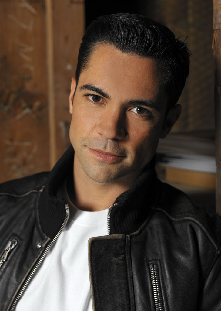 Danny Pino - Images