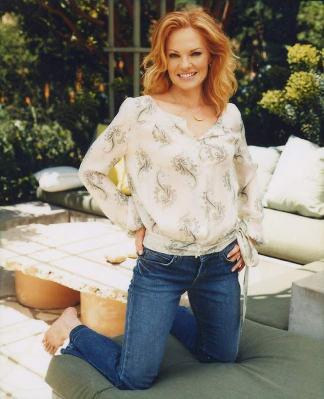 Marg Helgenberger Photos Page 2 China Beach On Series