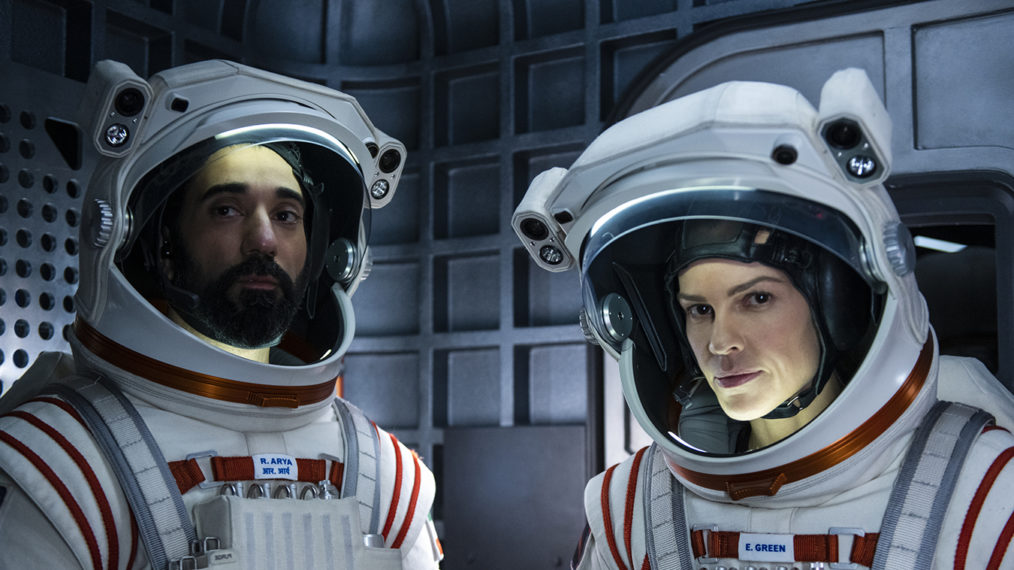 Hilary Swank nous emmène dans les scènes spatiales de « Away » de Netflix