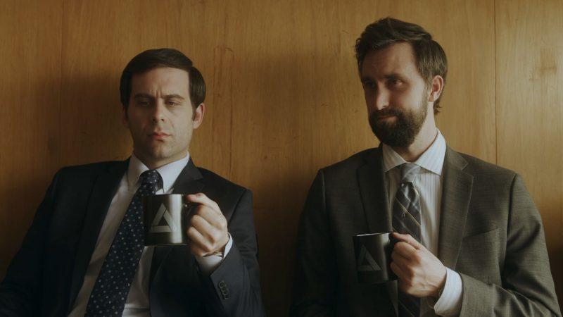 Corporate: Season Three Ratings – annulé + émissions de télévision renouvelées