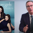 John Oliver se déchaîne à propos de Gilmore Girls Revival ... quatre ans plus tard - Regardez