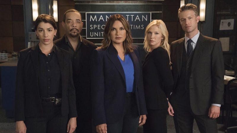 Le tournage de la saison 22 de Law & Order: SVU commence: voir le casting sur le plateau (PHOTOS)