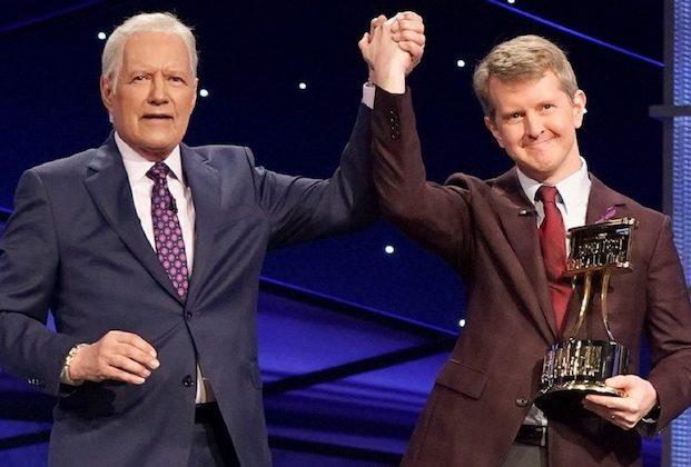 Péril!  EP: Le nouveau rôle de Ken Jennings avec l'émission n'est pas un « essai » pour l'hôte