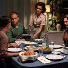 `` The Right Stuff '': Nora Zehetner dit qu'Annie `` peut être entièrement elle-même '' avec John Glenn