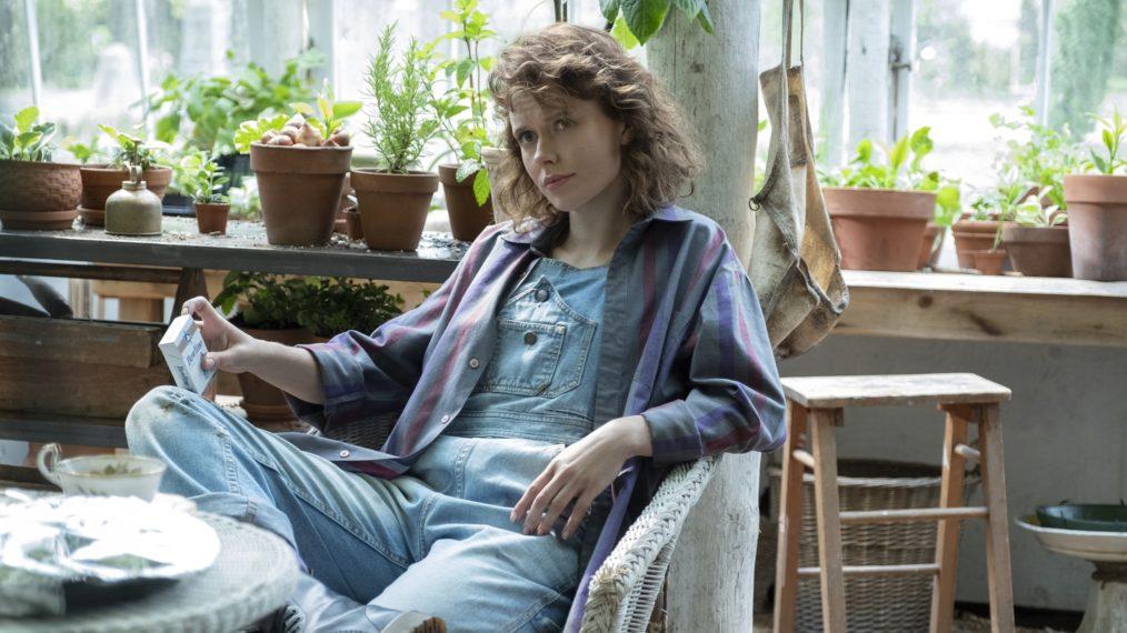 La hantise d'Amelia Eve de Bly Manor décompose cette torsion et l'histoire d'amour de Jamie