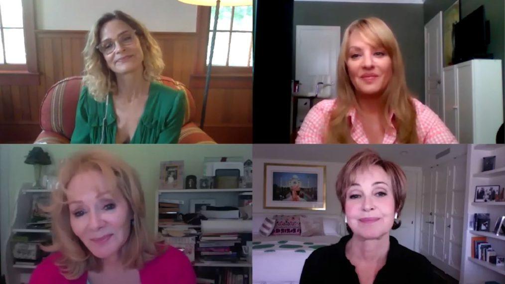 Découvrez Annie Potts, Jean Smart & More rejoindre des fans célèbres dans la réunion « Designing Women » (VIDEO)