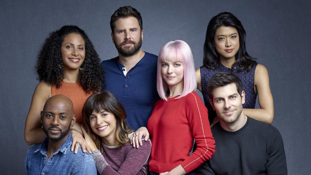 « Un million de petites choses »: comment COVID-19 affectera le groupe d'amis dans la saison 3