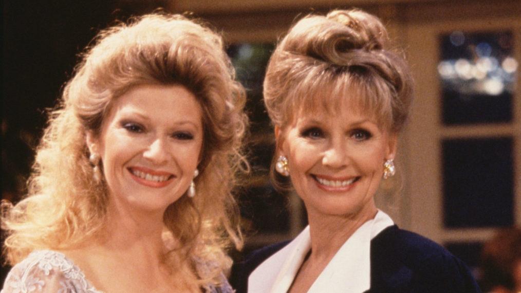 Beth Maitland rend hommage à sa mère à la télévision alors que « Y&R » dit au revoir à Dina