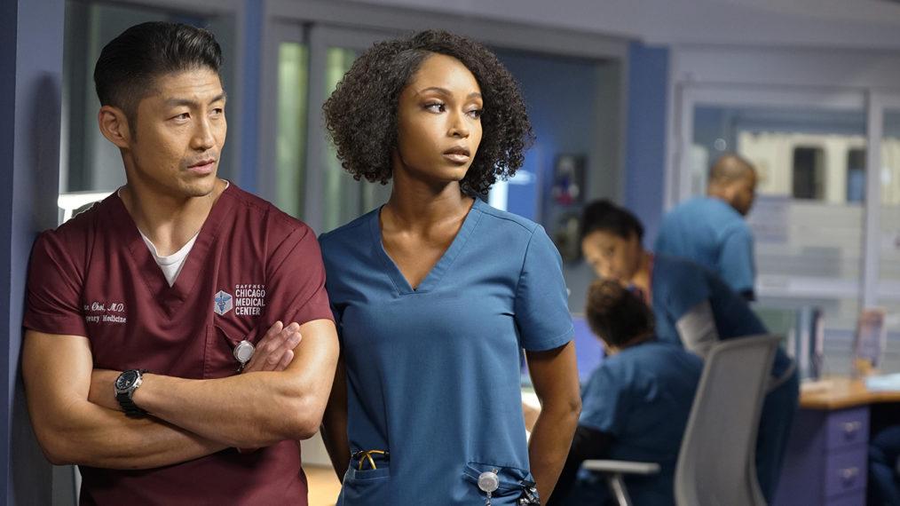 Découvrez quelles romances de « Chicago Med » sont en plein essor et en difficulté dans la saison 6