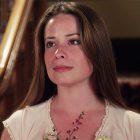 Holly Marie Combs de Charmed appelle à mettre fin à la `` division '' entre les fans de la série originale et le redémarrage de la CW