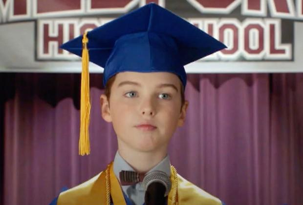 La promotion de la saison 4 de Young Sheldon taquine la remise des diplômes du lycée – alias la « finale que nous n'avons pas pu voir » (Regarder)