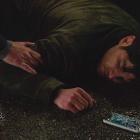 Un million de petites choses balancent le destin d'Eddie dans la première séquence de la saison 3