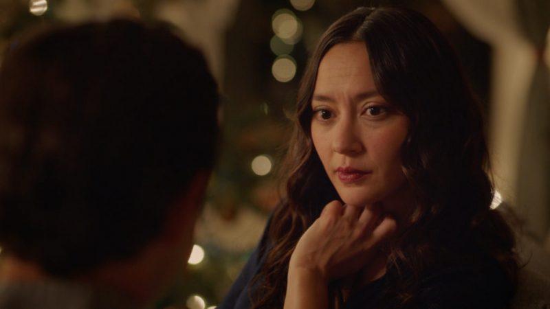 La romance de l'arc de Noël est suspendue (VIDEO)