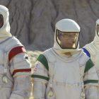 Roush Review: `` Moonbase 8 '' de Showtime a trop de mauvaises choses