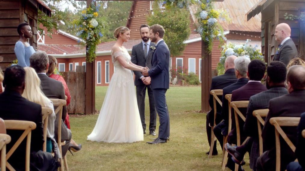 Bande-annonce de la saison 4 de « The Resident »: Le mariage de Conrad & Nic et les pertes COVID (VIDEO)