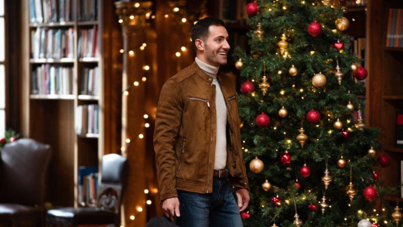 « 12 dates de Noël » Garrett Marcantel sur son homosexualité et la recherche de l'amour