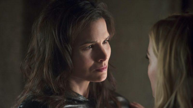 Katrina Law sur où Nyssa devrait apparaître dans Arrowverse Next