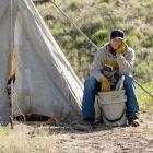 Jefferson White de Yellowstone défend la décision de Jimmy de revenir à cheval