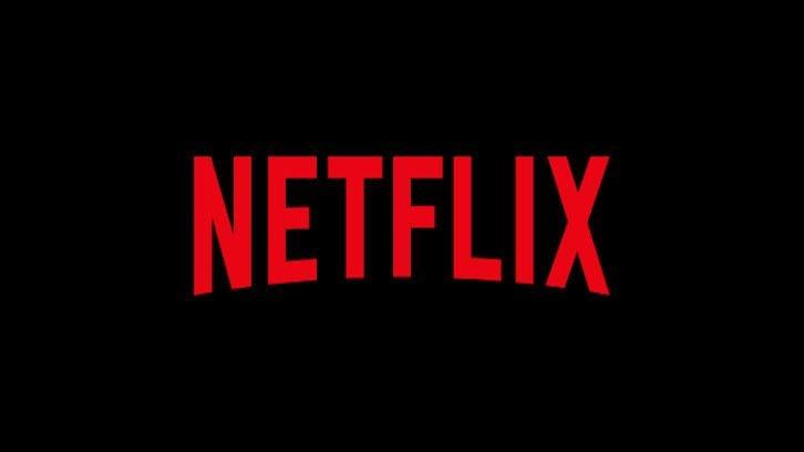 La femme dans la maison – Mary Holland, Shelley Hennig, Christina Anthony parmi les six acteurs de la série Netflix