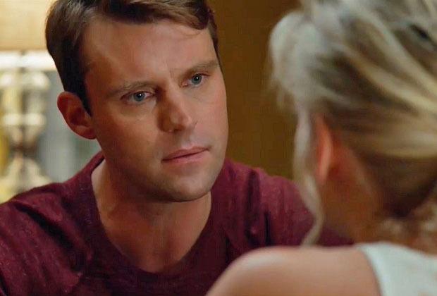 Chicago Fire enflamme la relation de Casey et Brett – mais il y a un accroc!