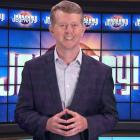 Jeopardy!: Ken Jennings succèdera à feu Alex Trebek en tant que premier `` hôte invité ''