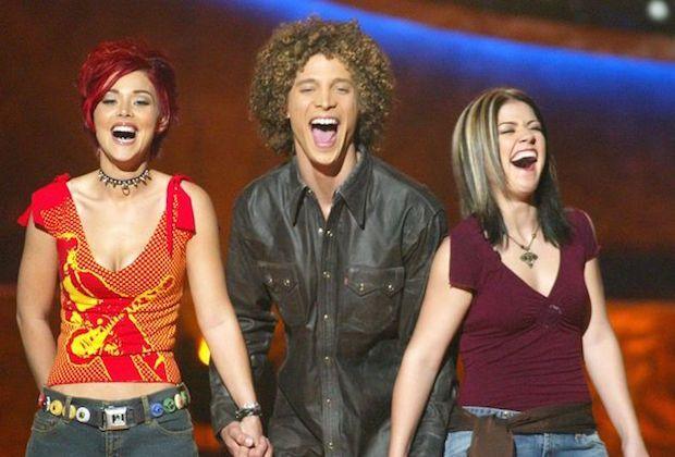 Nikki McKibbin, RIP: Ryan Seacrest, Paula Abdul et Justin Guarini d'American Idol rendent hommage au chanteur décédé