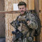 David Boreanaz de l'équipe SEAL sur la `` lutte pour s'entraider à survivre '' dans la saison 4