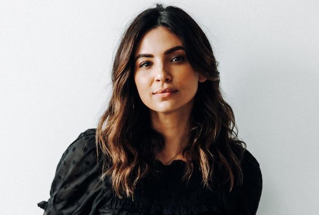 Floriana Lima de A Million Little Things met en évidence la nouvelle connexion conflictuelle de Darcy avec Eddie