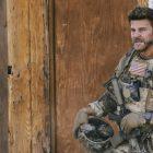 David Boreanaz de l'équipe SEAL sur la grande décision de Jason: `` Je ne sais pas s'il va le faire ''