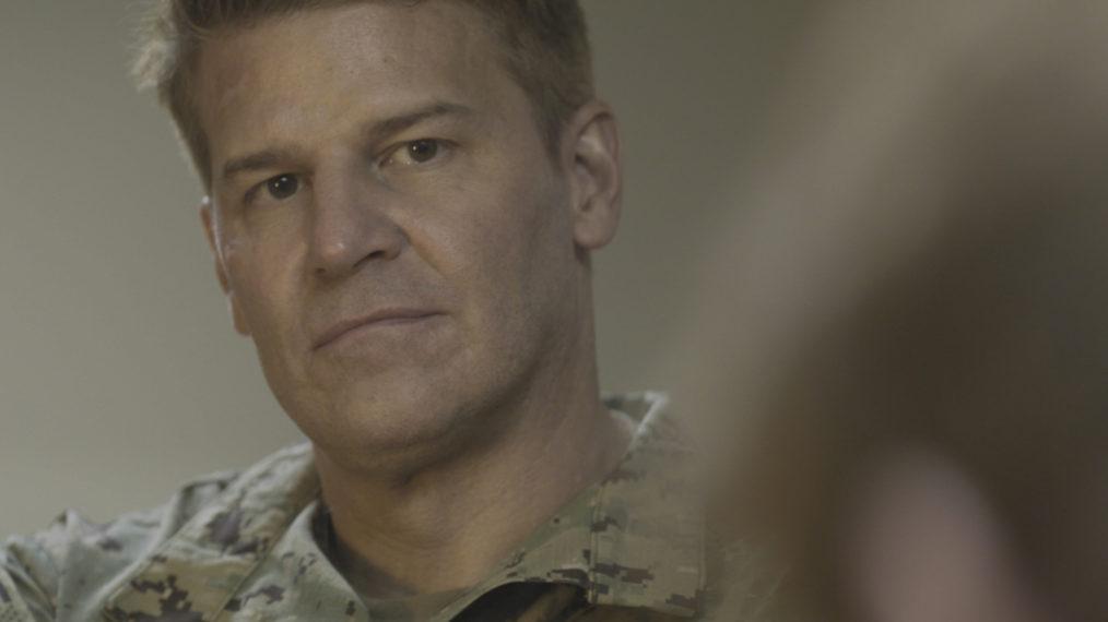 «SEAL Team»: Un coéquipier en danger va-t-il remettre Jason dans le combat?  (VIDÉO)