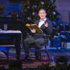 Richard Thomas présente son spécial `` Noël avec le choeur du Tabernacle '' avec Kelli O'Hara