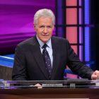 Demandez à Matt: Peanuts sur PBS, débat sur `` l'annulation '', l'épuisement du film de vacances, les derniers épisodes de `` jeopardy '' d'Alex et plus