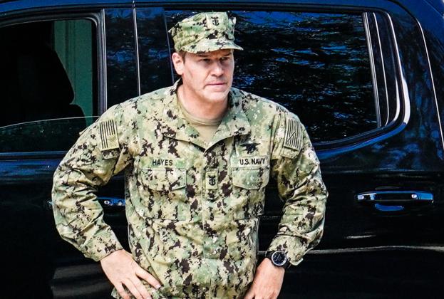 David Boreanaz répond à l'incertitude entourant la saison 5 de l'équipe SEAL et exhorte CBS: « Renouvelez ce spectacle! »