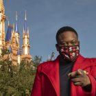Tituss Burgess sur la co-organisation de la `` célébration de Noël magique des parcs Disney ''