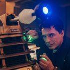 `` Doctor Who '': un capitaine Jack `` plus sage '' et des Daleks `` mortels '' dans un spécial de vacances `` très émotionnel ''