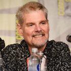 Tom Kane, Clone Wars et Archer Voice Actor, subit un AVC et `` ne peut pas communiquer verbalement efficacement ''