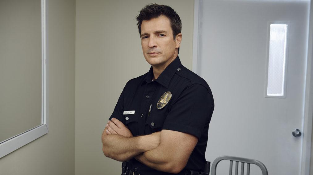 Nathan Fillion de la recrue sur l'endroit où l'histoire de l'officier Nolan reprend dans la saison 3