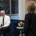 Roush Review: Appel à des visages familiers (Ted Danson comme `` M. Mayor '') pour les rires de la mi-saison