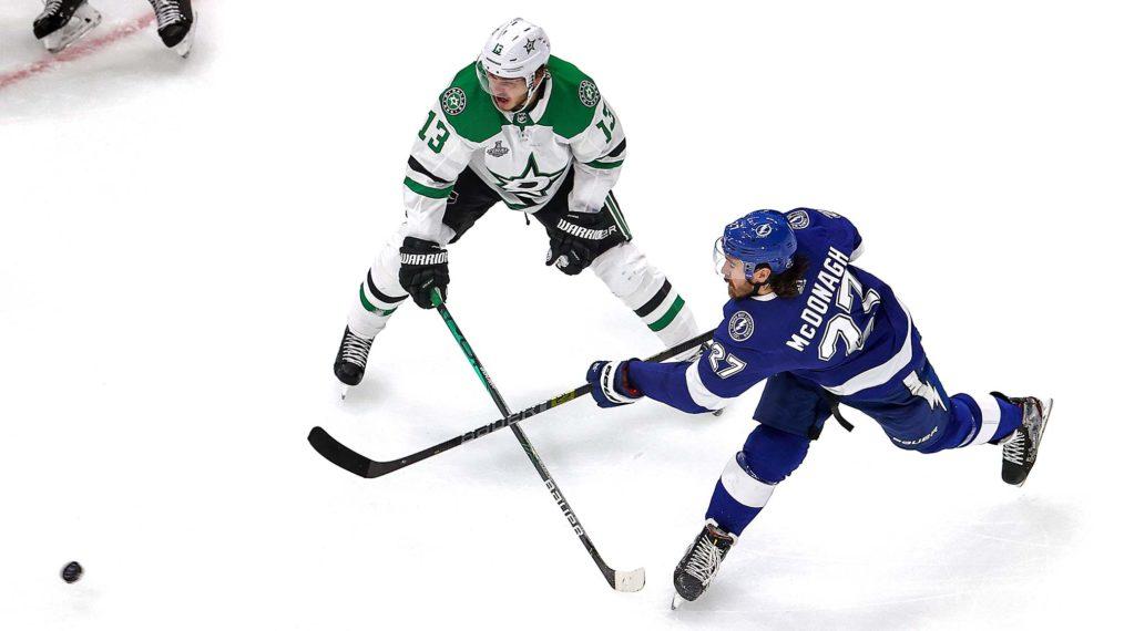 La rondelle tombe dans la saison 2021 de la LNH: aperçu et programme télévisé de NBC Sports