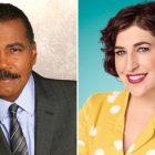 'Péril!'  Annonce que Bill Whitaker et Mayim Bialik seront les hôtes du jeu télévisé