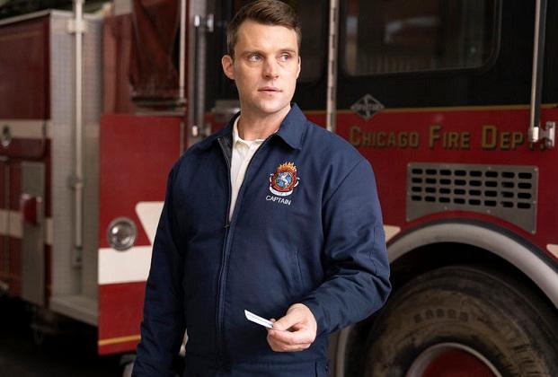 Chicago Fire Preview: Jesse Spencer et Kara Killmer taquinent de nouvelles romances, « Serious Angst » pour Casey et Brett