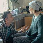 À regarder: `` Resident Alien '', 100e de Donna Reed, `` Big Interview '' de Randy Travis, `` Penguin Bloom ''