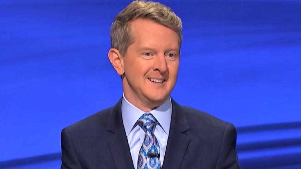 Les résultats du sondage de TV Insider sont arrivés – «Jeopardy!»  L'animateur invité Ken Jennings a le pouce levé?