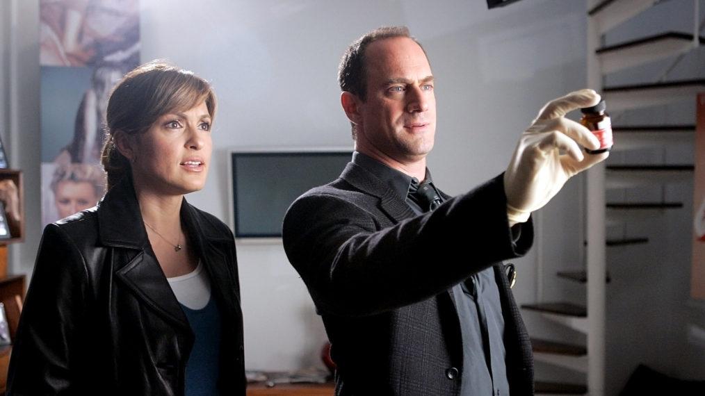 Ensemble multisegment « SVU » et « crime organisé »: découvrez quand Benson et Stabler se réuniront