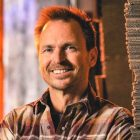 EP `` Tough as Nails '' sur les acclamations de Phil Keoghan pour la saison 2
