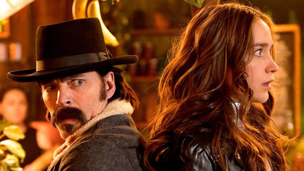 Les derniers épisodes de « Wynonna Earp » vont dur sur l'intrigue et l'action – De plus, la planification de mariage WayHaught (VIDEO)