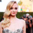 Sophie Turner fête ses 25 ans: où d'autre pour regarder la star de Game of Thrones