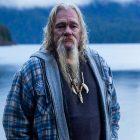 Billy Brown, star de l'Alaska Bush People, est mort à 68 ans;  Discovery Channel déplore une `` perte dévastatrice ''