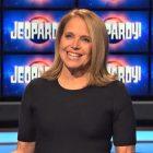 Comment pensez-vous que Katie Couric se comporte en tant que `` Jeopardy! ''  Invité?  (SONDAGE)