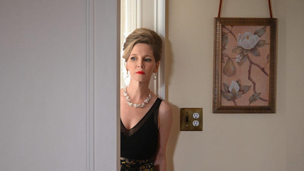 Lauralee Bell, la star de « Y&R », chante sa Cruella de Vil intérieure dans « Ruby » et « Pearl in the Mist » de Lifetime